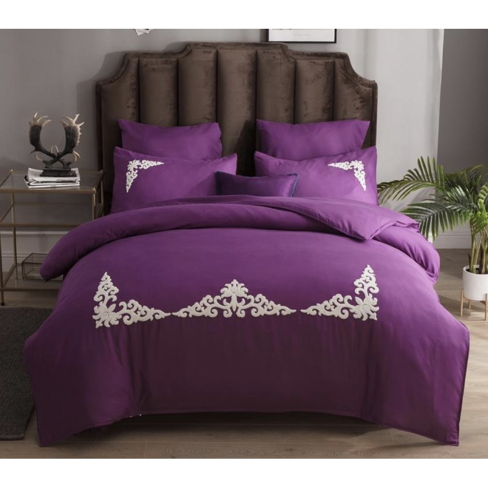 Комплект постельного белья Сатин с вышивкой (евро)
