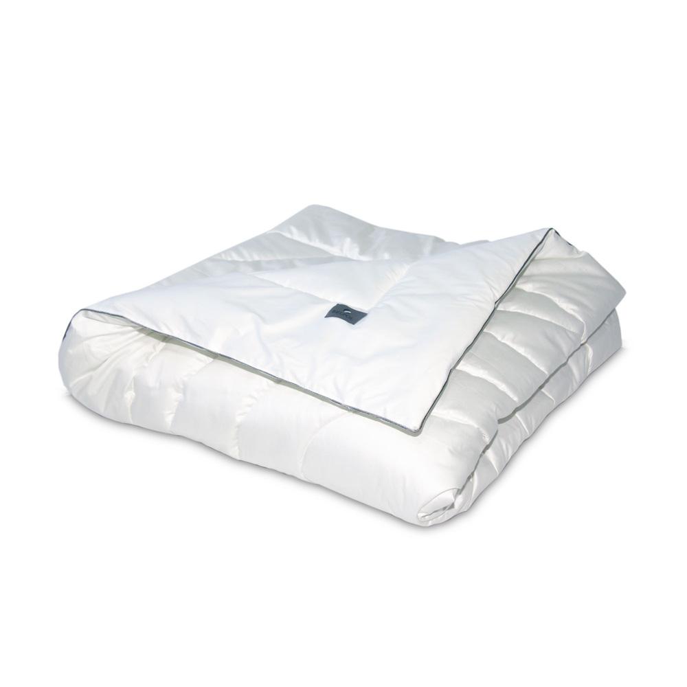 Одеяло BODY POWER 140x205 термополотно Термофайбер